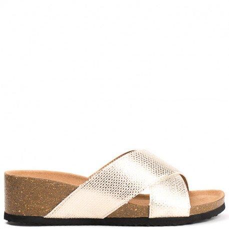 Ideal Shoes - Mules compensées nacrées effet reptile Feliana Doree