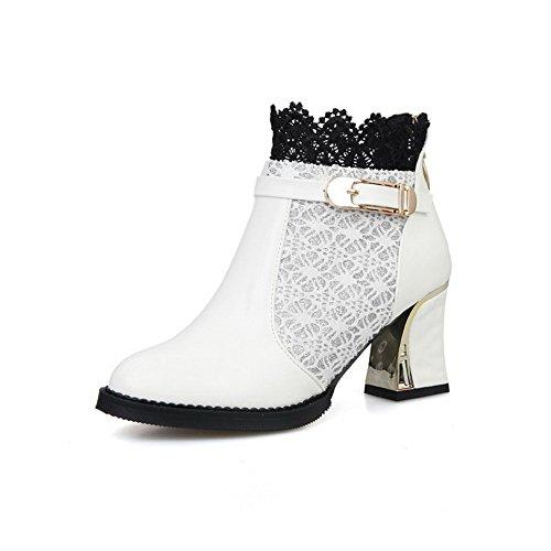 AllhqFashion Damen Spitz Zehe Mittler Absatz Blend-Materialien Niedrig-Spitze Stiefel Weiß