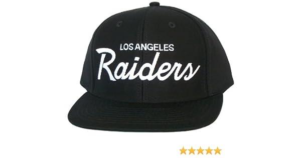 LOS ANGELES LA RAIDERS Cappellino Snapback - Licenza ufficiale NFL - Cappello  Nero  Amazon.it  Sport e tempo libero 9a6a41ac6d5a