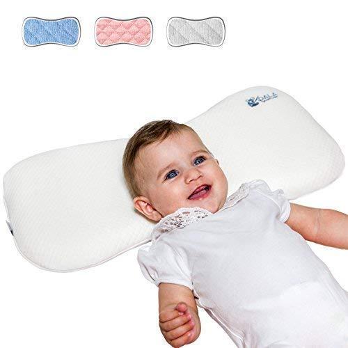 Koala Babycare® Oreiller orthopédique pour bébé 0-36 mois par la plagiocéphalie par lits (avec deux housses détachables). Il aide le traitement de la tête plate, mémoire de forme qui évite l'asphyxie