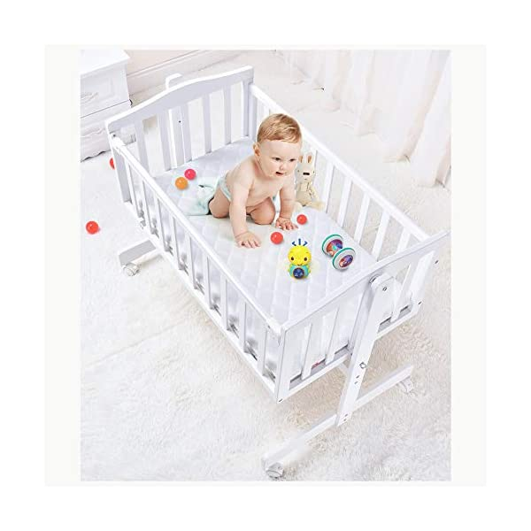 RUNQIAN Swinging Crib, Deluxe Multifunction Gliding Crib White RUNQIAN Create a relaxing sleeping area for your precious child and feel like you are swaying in your arms Suitable from birth to 6 months Simple locking device for easy locking in the rest position 2