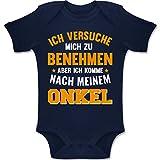 Shirtracer Sprüche Baby - Ich versuche Mich zu benehmen Aber ich komme nach Meinem Onkel orange - 3-6 Monate - Navy Blau - BZ10 - Baby Body Kurzarm Jungen Mädchen
