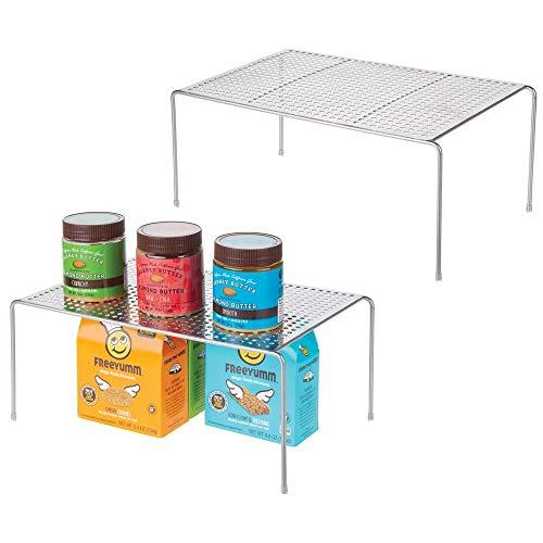 mDesign Juego de 2 estantes de cocina – Soportes para platos individuales de metal – Amplios organizadores de armarios para tazas, platos, alimentos, etc. – plateado