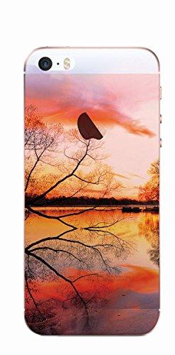 MPPK-Hamburg ® Apple iPhone ® 5 / 5S / SE 4 Zoll Schutz Hülle - Case in wunderschönem Design – Stabiles / transparentes PC - Hirsch im Gebirge See im Sonnenuntergang