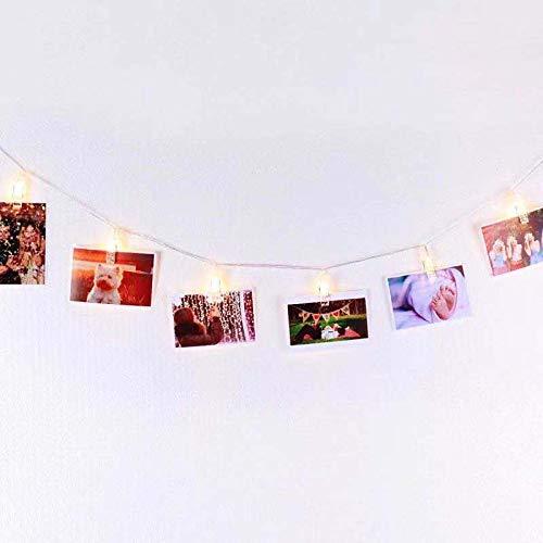 Filo 4,5m per Appendere Foto Immagini Cartoline e Appunti con LED Bianco Caldo con Timer Automatico ON/OFF Carica Batterie, Decorazione da Muro Essenziale con Mini Mollette