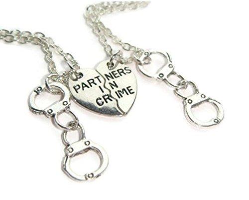 Freundschaft Halskette für 2, Partner in Crime Ketten, Best Friends Set, Half Herz Charms, Geschenk für Schwestern, Freund Token, BFF Schmuck