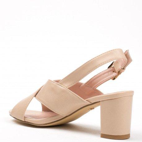 Ideal Shoes - Sandales à talon carré en similicuir avec lanières entrecroisées Laeliana Beige