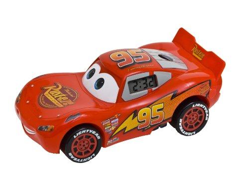 universal-trands-cars-2-lightning-mcqueen-rveil-avec-projection-de-lheure-et-mouvement