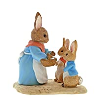 Beatrix Potter A29193 Mrs Rabbit, Flopsy and Peter Figurine, Resin, Colourful, 5 x 7 x 7 cm