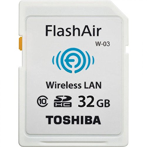toshiba-flashair-scheda-di-memoria-sdhc-32gb-trasferimento-wi-fi-lan-cl-10-w-03-bianco