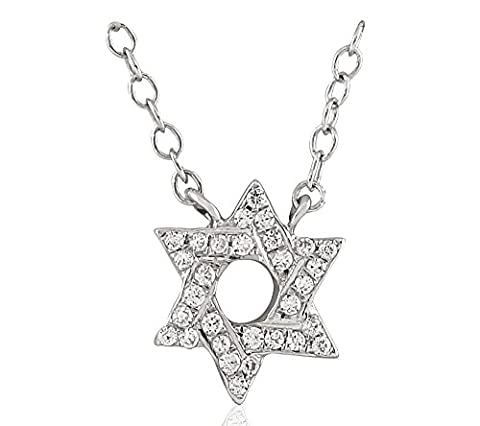 14 Ct White Gold star Shaped Diamond Necklace, 0.12 ct diamond, GH-SI, 2.14 grammes.