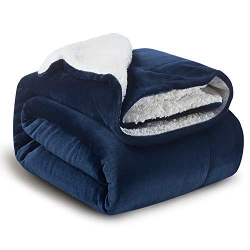 Bedsure Coperta di Pile Sherpa per Letto e Divano Blu Navy 150x200cm - Plaid Letto Singolo Coperte di Sherpa e Flanell Microfibra Morbida