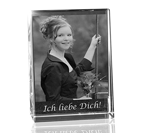 VIP-LASER 2D Gravur Glas Kristall Flachglas selbststehend Hochformat mit dem Foto Deiner Freundin. Dein Wunschfoto für die Ewigkeit Mitten in Glas!...