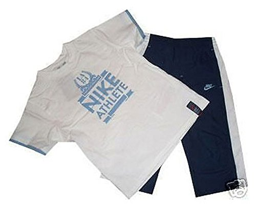 Nike Jungen Athletic Shirt (Nike Little Boy`s Set. Rundhals T-Shirt & Lange Short. Elastisches Bündchen. Kordelband. 100% Baumwolle. Little Boys` Medium = 110-116 cm. 5-6 Jahre)