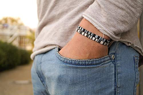 Surfer Armband Set Männer - Herren Armband Boho - Made by Nami Handmade Surfer Schmuck - Ethno Strand Style Surferarmband (Weiß, Schwarz)
