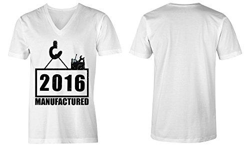 Manufactured 2016 - V-Neck T-Shirt Männer-Herren - hochwertig bedruckt mit lustigem Spruch - Die perfekte Geschenk-Idee (02) weiss