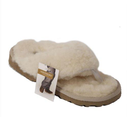 Pantoufles femme type tong en peau de mouton