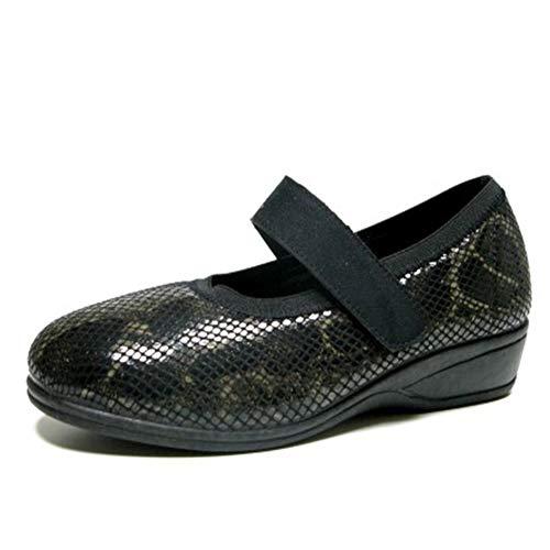 Zapatilla Mujer Tipo Mercedes, Marca DOCTOR CUTILLAS, en Lycra elástica Adaptable Color Negro con Cierre...