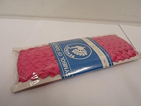 1 Roll (27 meters) Magenta, Dark Pink, Rick Rack Zig