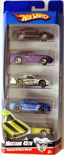 Hot Wheels 5 Car Gift Pack, Mustang 50th Anniversary Edition, 1:64 Scale. by Matel Europa