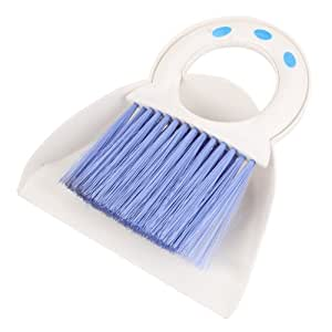 Lagute Mini-poussière avec le balai pour le clavier de nettoyage de voiture, 20*17CM