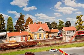 190207 - Faller HO - Bahnhof-Set Sonnenbühl