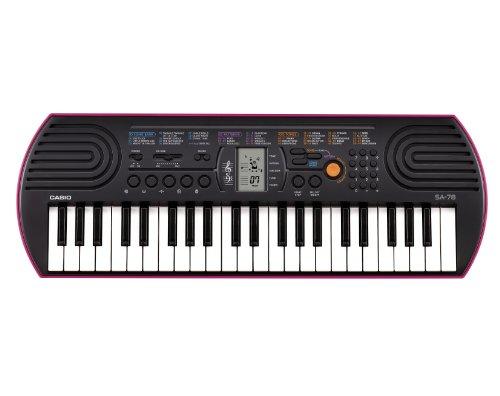 Casio SA-78 - Teclado electrónico (plástico, 2 altavoces integrados), negro/rosa