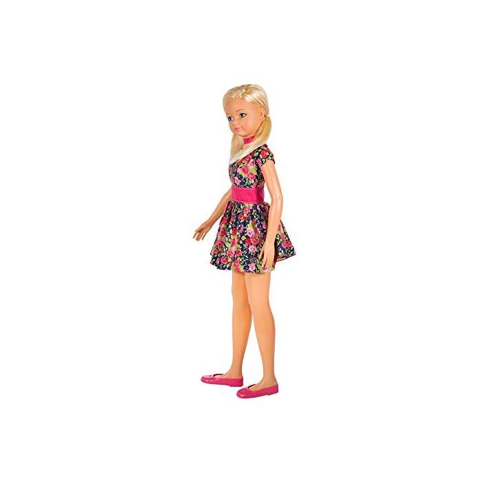 5113LAnnSPL Muñeca María de CB Toys Materiales: plástico duro y tela Medidas: 105 cm