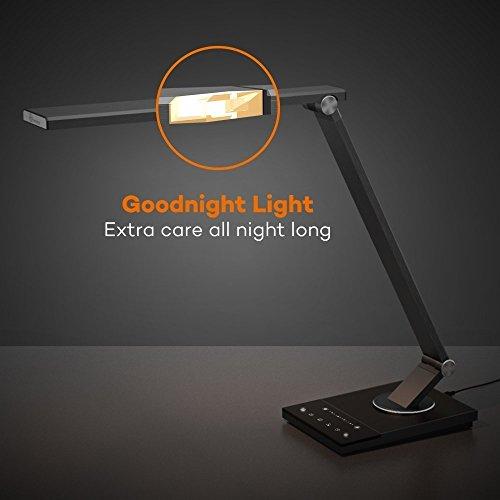 confronta il prezzo Lampada da Tavolo TaoTronics, Lampada a LED da Scrivania e Ufficio in Metallo con Porta USB (5 Temperature di Colore x 6 Livelli di Luminosità, Funzione Memoria/Impostazioni Preferite, Tim.er di 60 Minuti, Modalità Notte ) miglior prezzo