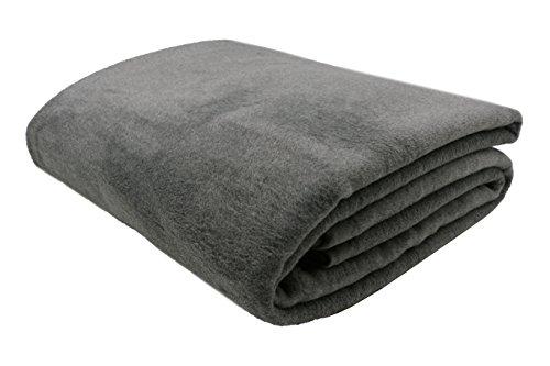 ZOLLNER® trendige Kuscheldecke / Wolldecke / Wohndecke / Tagesdecke grau 150x200 cm, in weiteren Farben und Größen erhältlich, vom Hotelwäschespezialisten, Serie