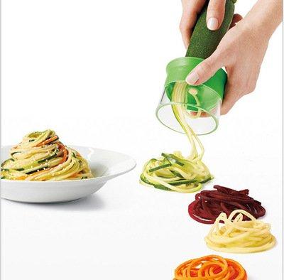Spiralizer aux légumes à trois mains à lame à trois lames, trancheuse en spirale crée des nouilles de spaghetti sans fin, un spirateur et un coupeur de légumes, une trancheuse de légumes Spiralizer