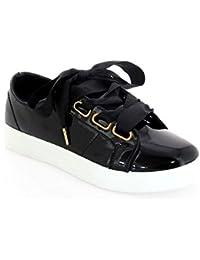 Ideal Shoes - Baskets vernis avec lacets ruban Fianny