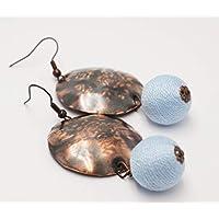 [Sponsorizzato]Orecchini etnici bombati Rame martellato e anticato con perla di legno rivestita di cotone azzurro, orecchini particolari fatti a mano, gioiello per lei