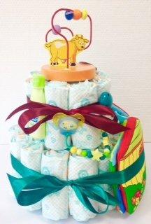 Elfenstall Windeltorte/Pamperstorte mit Spielzeug und Schnullertkette als tolles Geschenk/Geschenkset zur Geburt oder Taufe auf Wunsch mit Name des Babys (Baby-Buch)