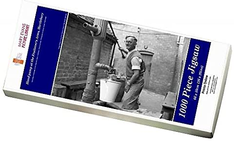 Photo Jigsaw Puzzle of Hand pump at the Fruiterer s Arms, Hartlebury