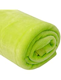 DuneDESIGN Manta Oslo 140x200cm de microfibra 100% poliéster 300g/m² | Frazada Cubrecama suave ligera de felpa pelo corto | Verde lima