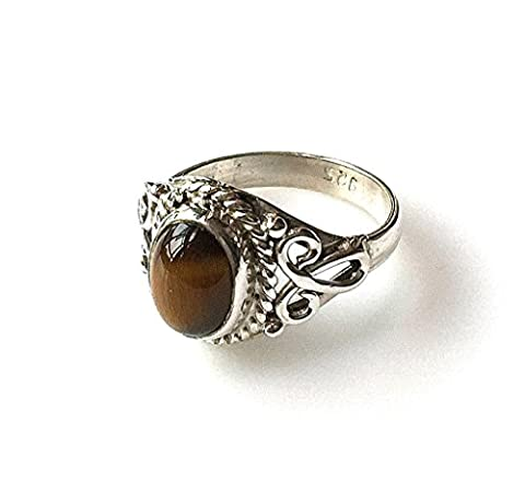 Shanya Sterling Silver Ethnic Ring Tiger's Eye, made of Solid Silver and genuine Tiger's Eye, each ring is individually handcrafted. The stone size is 6 X 8 mm. Design LHCRTE. UK Size K