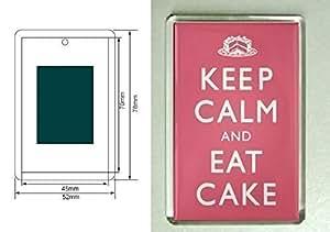 Un aimant pour réfrigérateur avec les mots Keep Calm and Eat Cake de Notre Gamme KEEP CALM AND CARRY ON. Idée Cadeau pour un anniversaire ou Chaussette de Noël unique 634