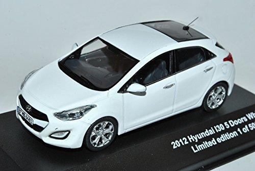 Hyundai I30 5 Türer Weiss 2. Generation GD Ab 2011 1/43 J-Collection Modell Auto mit individiuellem Wunschkennzeichen Hyundai Modell Auto