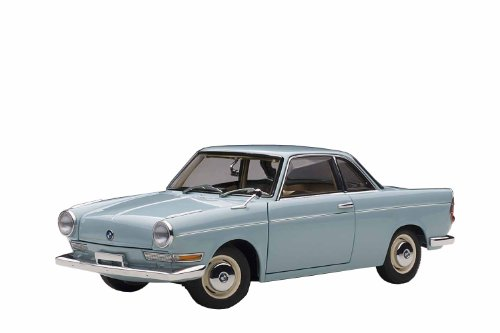 hell-blau, Modellauto, Fertigmodell, AUTOart 1:18 ()