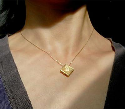 Pendentif pyramide, en vermeil, argent massif 925, finition recouvert d'or 18K, métal précieux, pendant sterling silver 925 gold plated