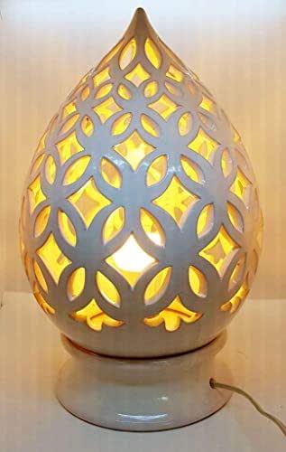 Lampada da tavolo comodino Traforata Bianca Handmade Le Ceramiche del Castello Made in Italy dimensioni 36,5 x 19 cm.