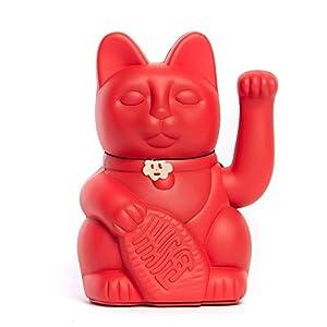 Lucky Cat. Der klassische Glücksbringer in winkender Katzengestallt oder Maneki-Neko in fröhlichen Farben. ERDBEERROT: Viel Glück. Erfolg in der Liebe. 10x6x15cm