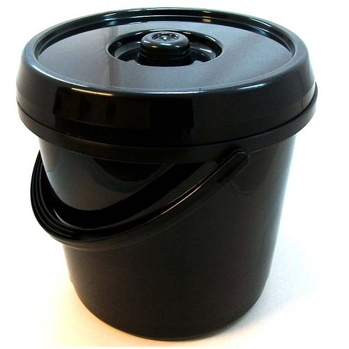 14 Litre Nappy Bucket with Lid in Gloss Black