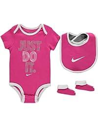 f3ba340f462c Amazon.co.uk  Nike - Bodysuits   One-Pieces   Baby Boys 0-24m  Clothing