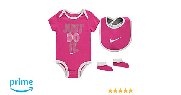 outlet store a3fdd 7b90a Nike Age 6-12 Months Baby Girls 3 Piece Infant Set Romper Bib Booties Shoes  Pink White  Amazon.co.uk  Clothing