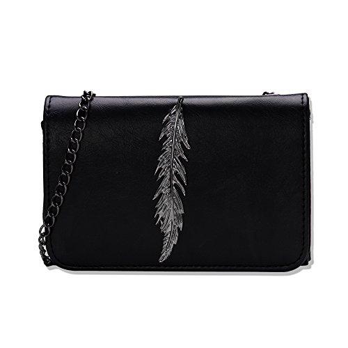 NUVOLA - Bolso pequeño de piel para mujer, estilo bandolera o al hombro, de color negro. Bolsa negra Bolsa pequeña Bolsa de ocio Paquete de viajero ,Un regalo ideal para San Valentín