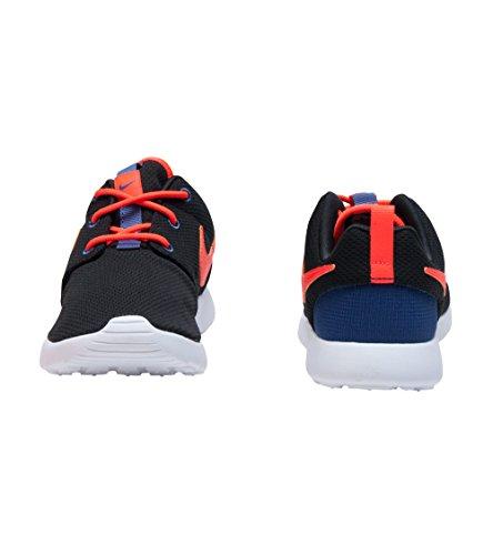Nike , Chaussures de Gymnastique garçon Noir