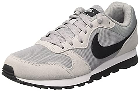 Nike MD Runner 2, Baskets Homme, Gris (Wolf Grey/Black-White), 44 EU