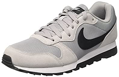 Nike MD Runner 2, Baskets Homme, Gris (Wolf Grey/Black-White), 40 EU